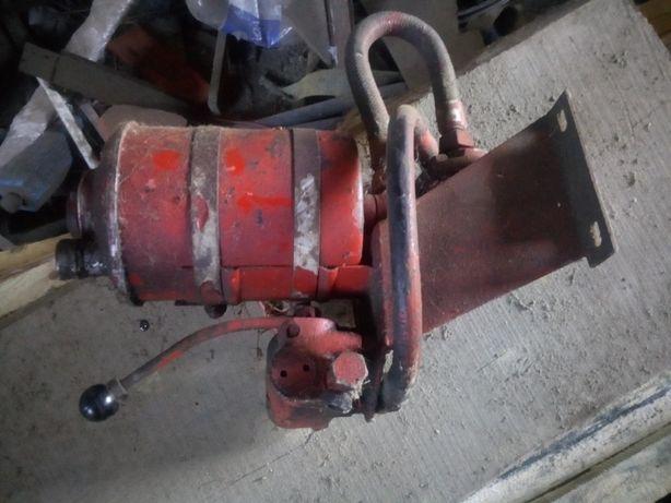 Pompa zbiornik rozdzielacz sam es