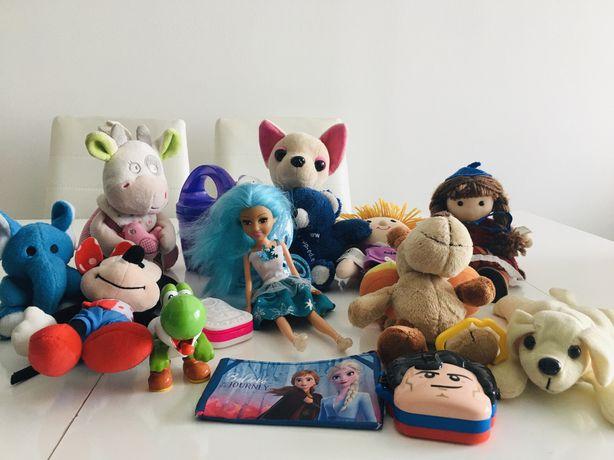 Bonecos, peluches, livros, miniaturas e outros artigos de criança/bebé