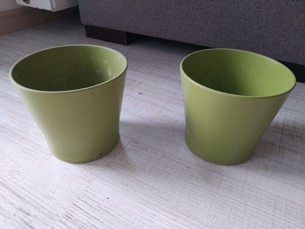 Dwie zielone oslonki na doniczki sprzedam