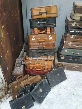 Советский чемодан СССР для декора или хранения вещей