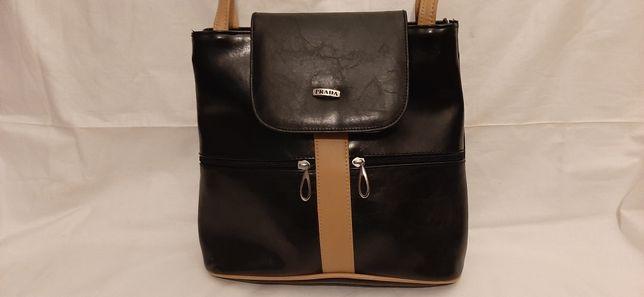 Śliczna torebka damska czarna PRADA