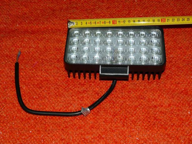 Novidade - Faróis LED de 96 watts - Rectangular