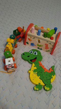 Drewniane zabawki pociąg, przebijanka, puzzle