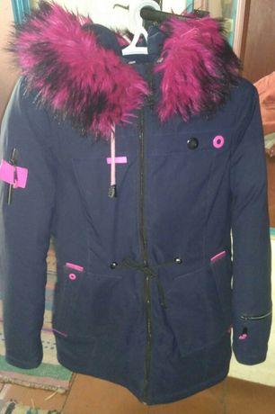 Продам курточку размер XL