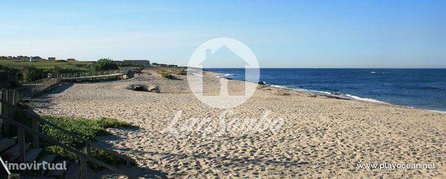 T3 REMODELADO c/ 2 garagens fechadas a 150m da praia de Vila Chã - ...
