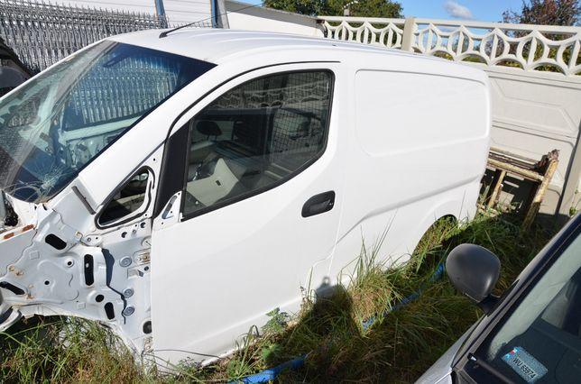 Karoseria Nissan NV200 drzwi błotnik dach słupek próg