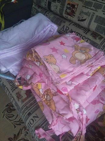 Постельное детское в кроватку