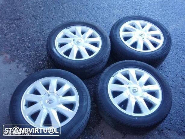 Jantes aluminio / especiais - Renault Megane II c/ pneus 205/55R16