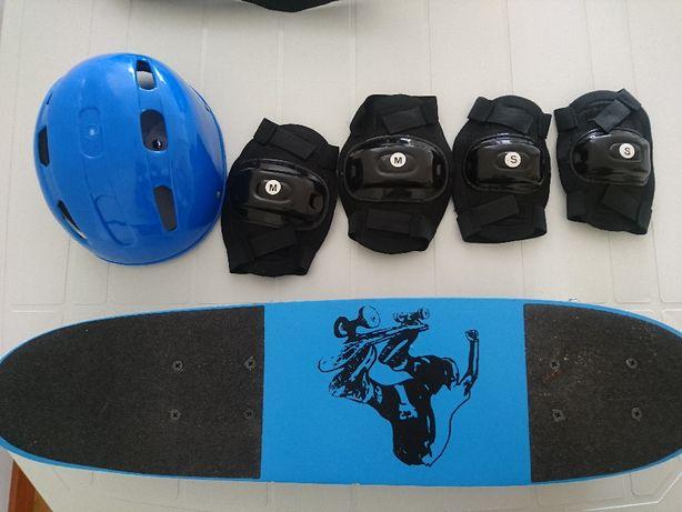 Skate+ saco de transporte + Capacete + Joelheiras / proteções
