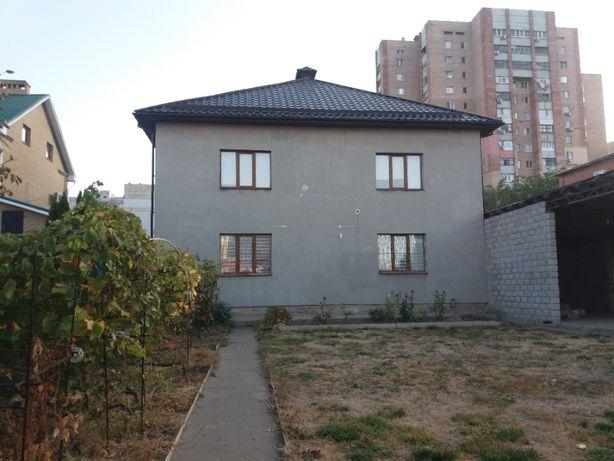 Дом 240м2 в лучшем месте восточных кварталов ,9 соток.