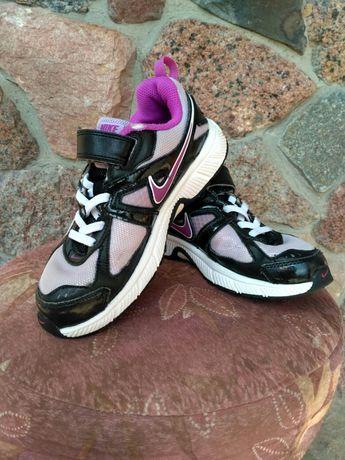 Кроссовки Nike р. 33-34