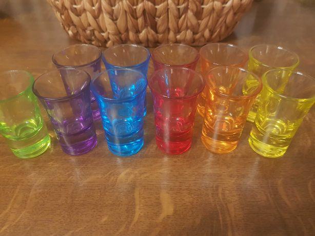 Kieliszki kolorowe