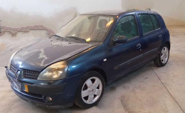 Renault Clio 1.4 16V Avariado