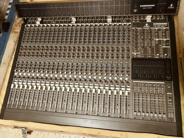 Mesa de mistura analogica Behringer MX8000