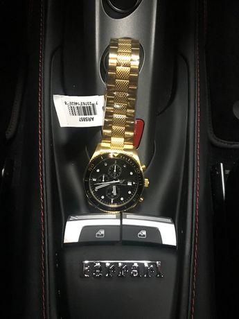 Vendo relógios da empório Armani para homem novos com 2 anos de garant