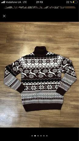 Фирменный новый свитер marko