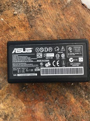 Блок питания на  ноутбук Asus