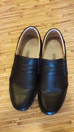 Продам туфли на мальчика, чёрные, 38р., 300руб.