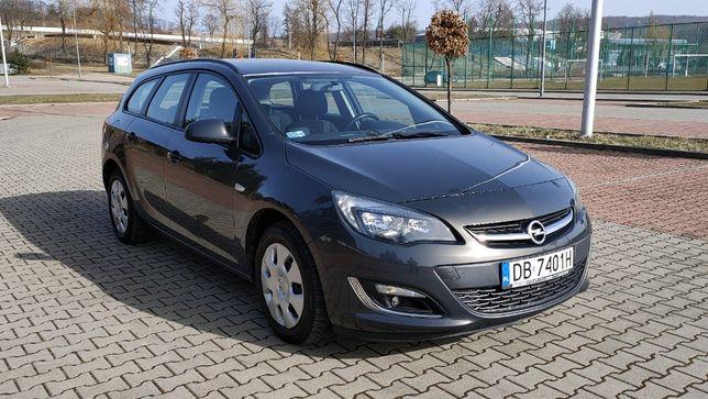 Opel Astra LIFT 2012 rok 1,7 diesel 130KM