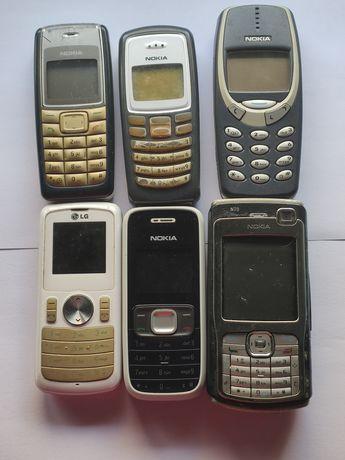 Telemóveis antigos da Nokia e LG (ver todas as fotos e ler descrição)