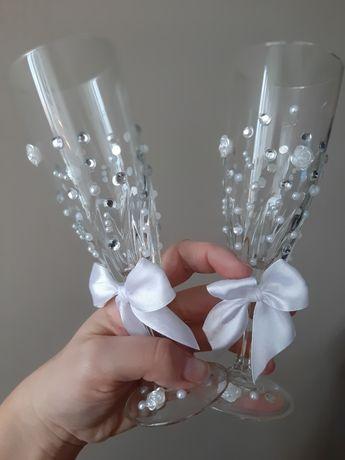 Szklane ozdobne kieliszki wesele ślub rocznica