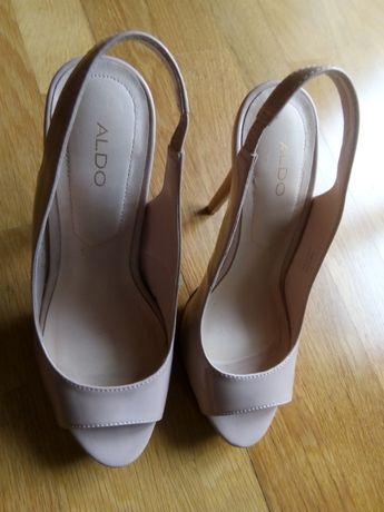 Vendo sandálias usadas, Aldo n. 38