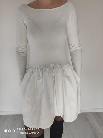 Biała sukienka sportowa