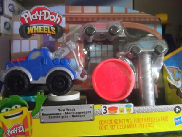 Ciastolina Play-Doh Wheels holownik + auta E6690