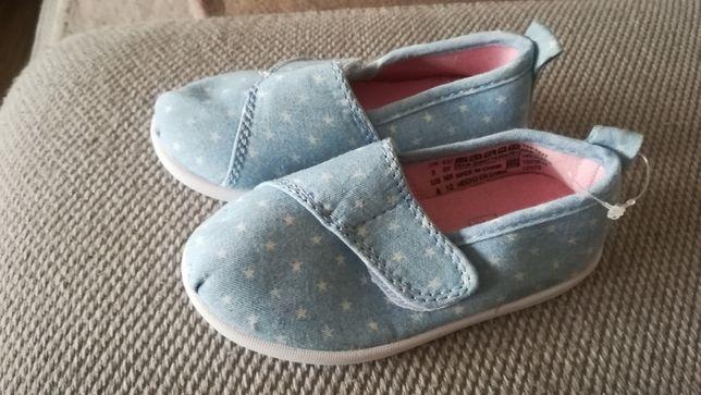 F&F Nowe buciki, tenisówki dla dziewczynki rozmiar 22