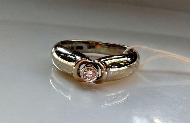 Новое Золотое кольцо с натуральным бриллиантом СРОЧНО