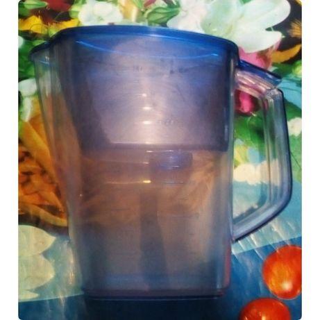 Продам кувшин-фильтр Барьер для фильтрации воды, объмом 3,5 л.