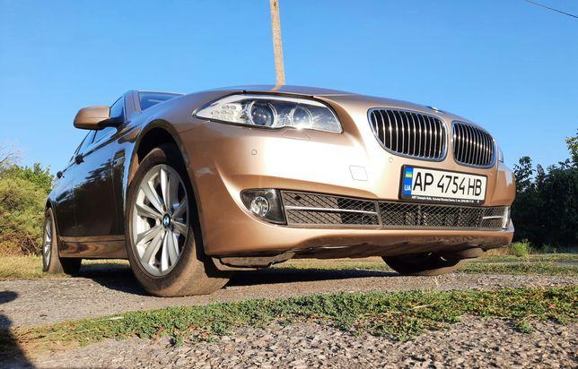 BMW 523I F10 официальный