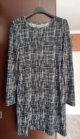 Sukienka czarna w białe kreski rozmiar 40
