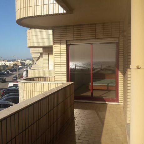 Apartamento T2 Esmoriz Mobilado em frente ao Mar