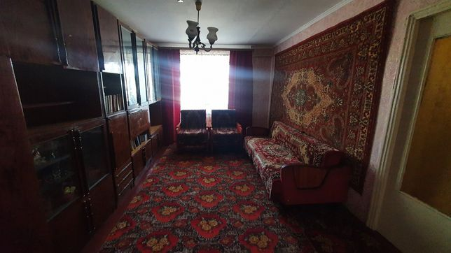 Центр. Чорнобай. 4 кімнатна квартира