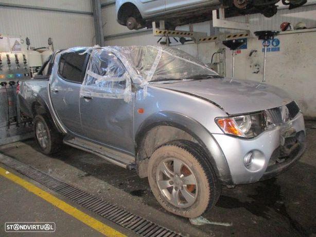 Carros MOT: 4D56HP CXVEL: V5MB1J MITSUBISHI / L200 4X4 DAKAR ROLL / 06/2007 / 2.5DI-D 4WD / 136CV /