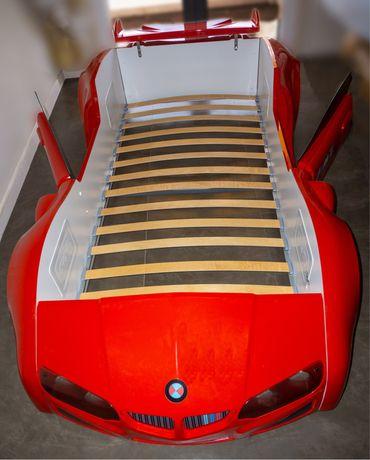 Cama de criança. Carro de F1 - Colchão incluído