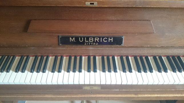 Pianino M. Ulbrich, do nastrojenia