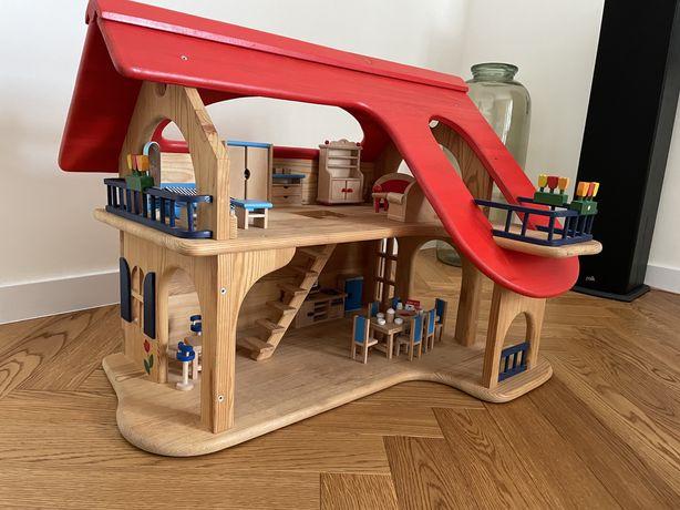 Domek dla lalek drewniany GOKI z mebelkami