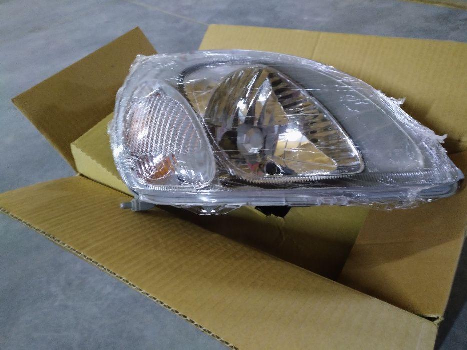 reflektor lampa Yaris 1 `99 - 02 Skierniewice - image 1