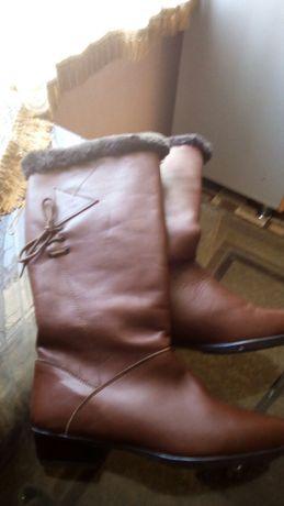 Кожаные сапоги 36 размер