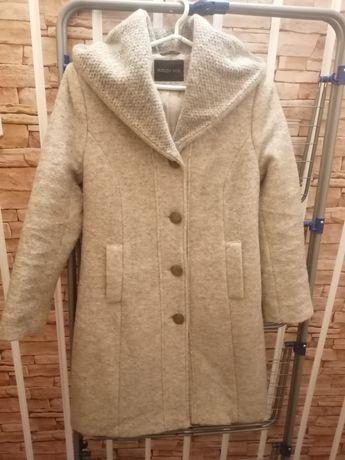 Płaszcz wełniany, ciepły z kapturem