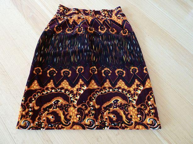 aksamitna spódnica