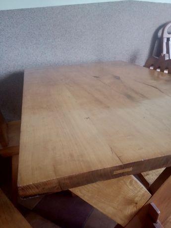 Stół jesionowy z krzesłmi