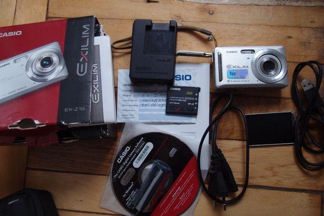 продам фотопарат casio exilim ex-z19