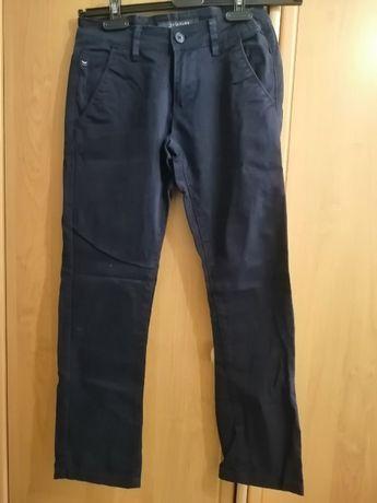 Продам брюки на 10-11 лет
