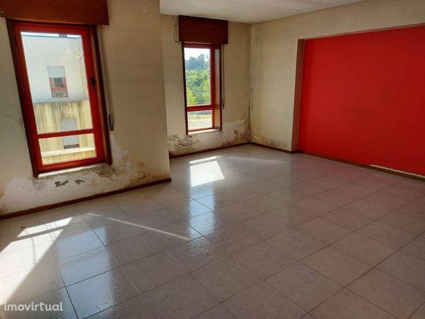 Apartamento T2 em São João da Madeira com Financiamento a...