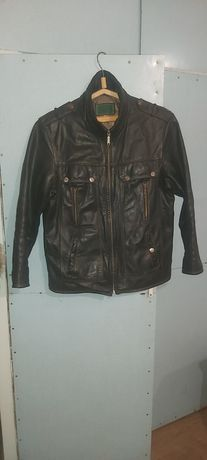 Куртка кожаная темно-коричневая