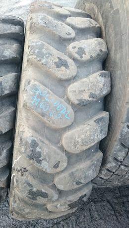 Opona przemysłowa 11.00-20 firmy solideal koparka kołowa volvo