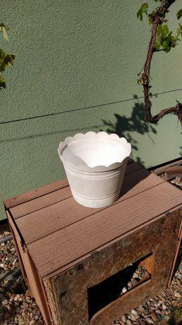 Donica plastikowa doniczki 1 sztuka biała duża